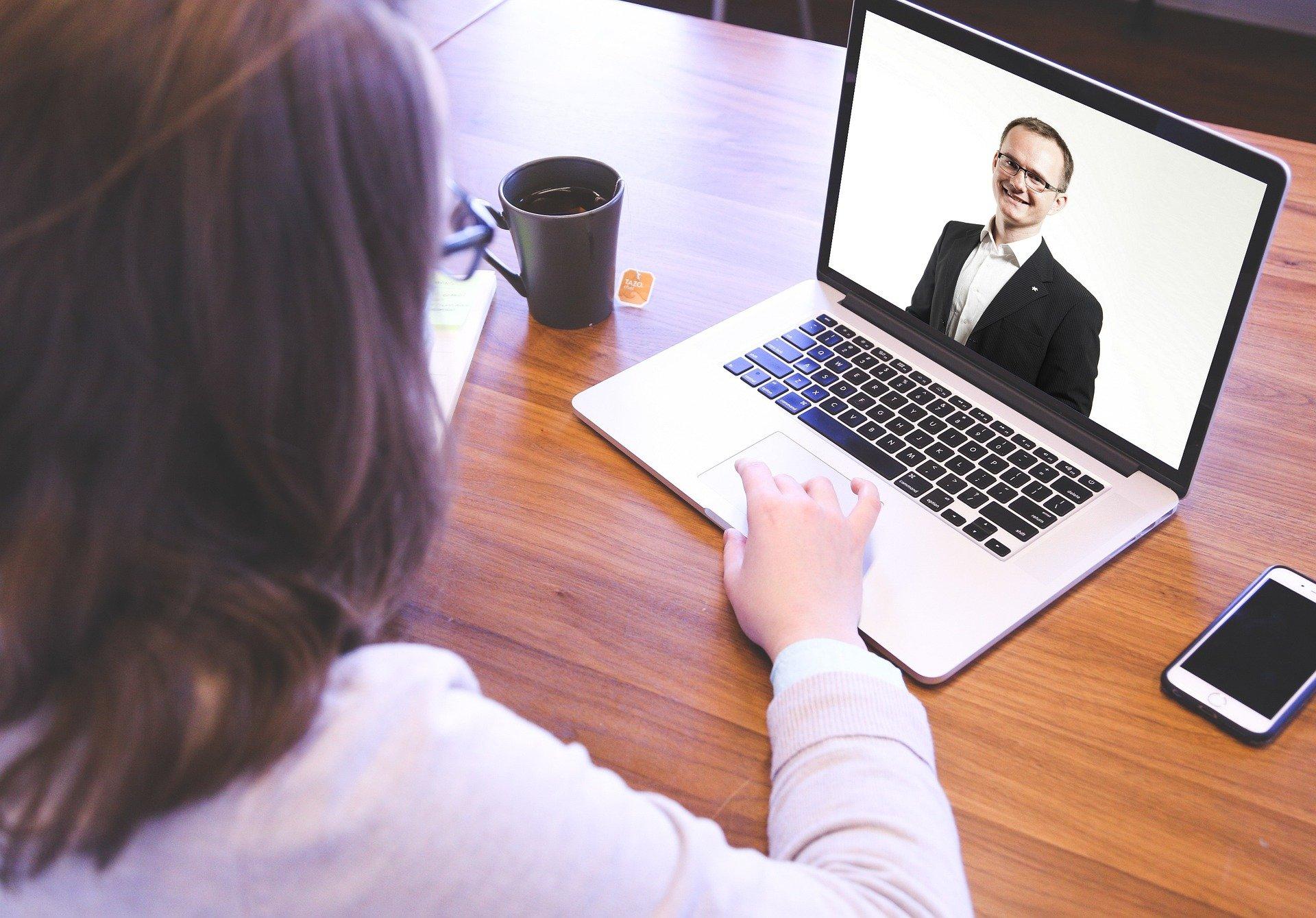 Mit Videointerviews die besten Bewerber erkennen